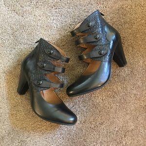 [Miz Mooz] Coast Women's Ankle Strap Heel